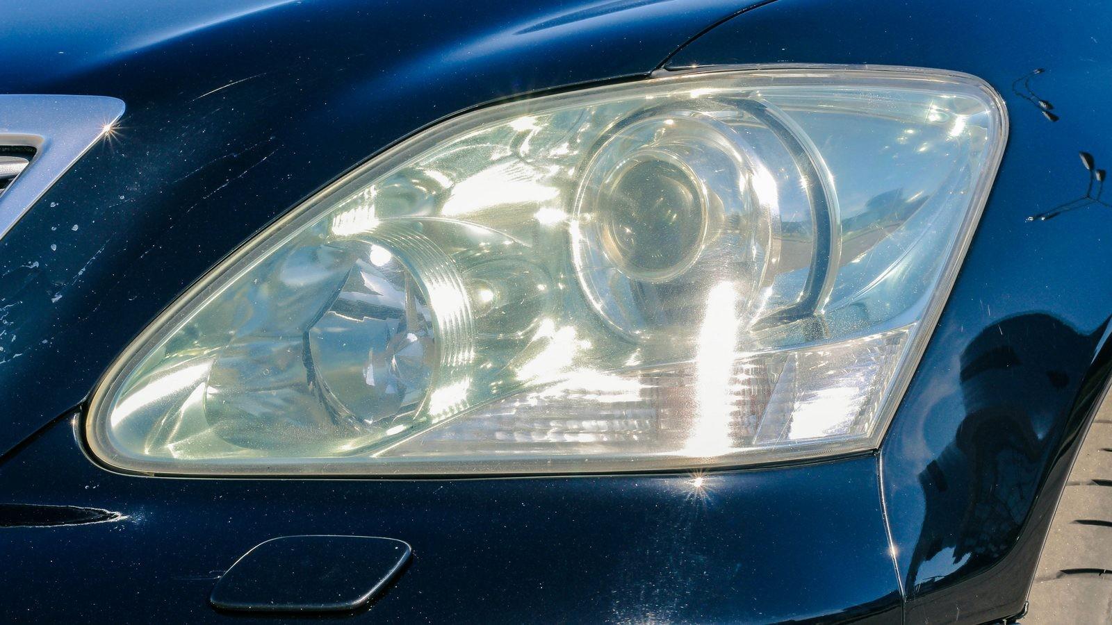 Lexus LS430 фара