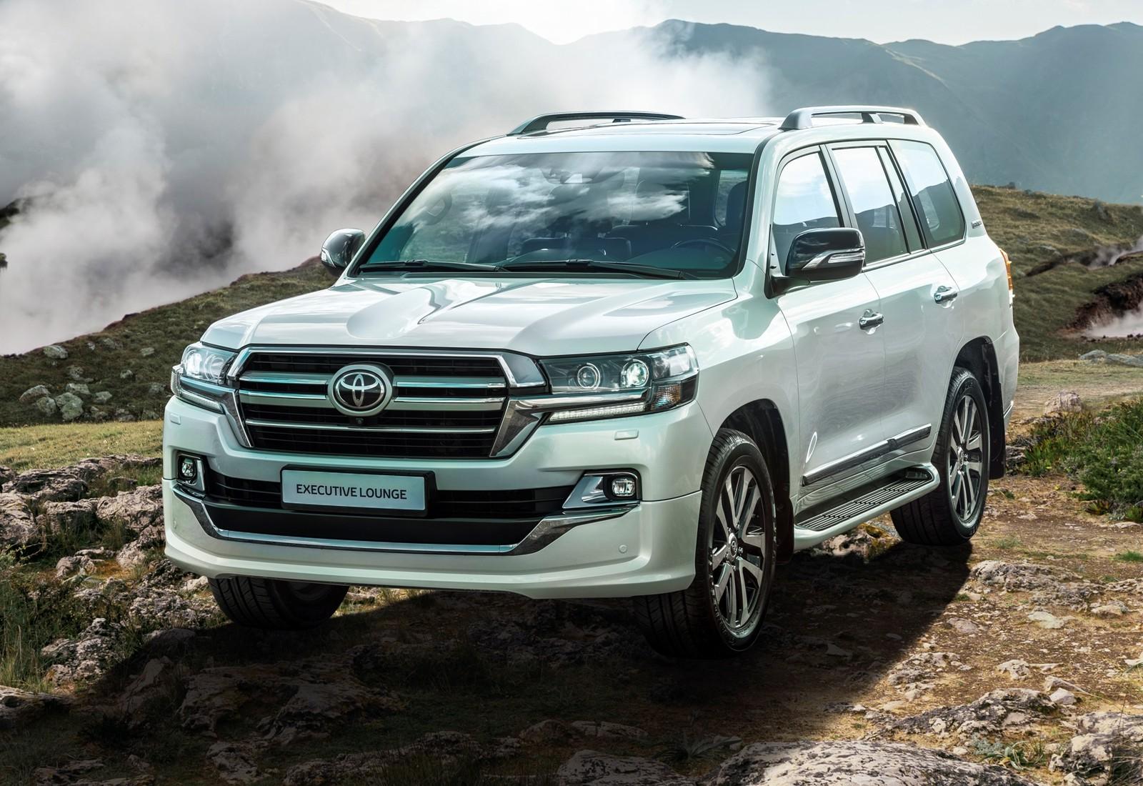 Toyota Land Cruiser 200 Executive Lounge_key visual