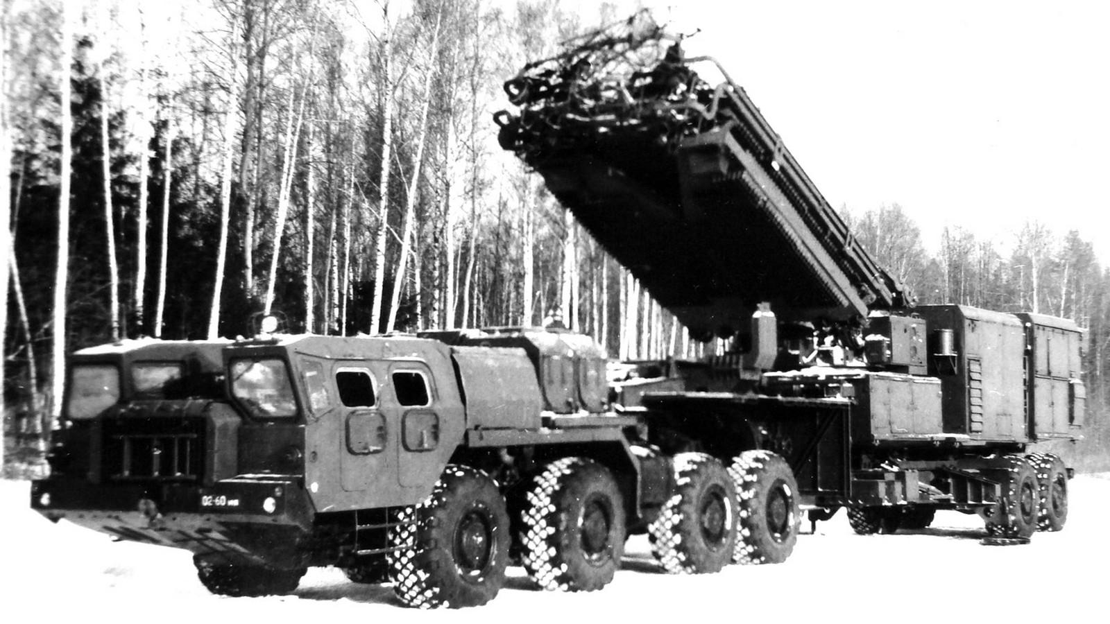 Испытания прототипа активного 525-сильного автопоезда МАЗ-74106-9988