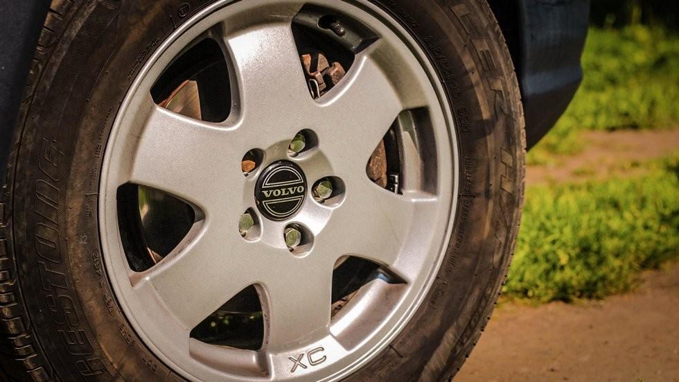 Volvo V70 XC колесо