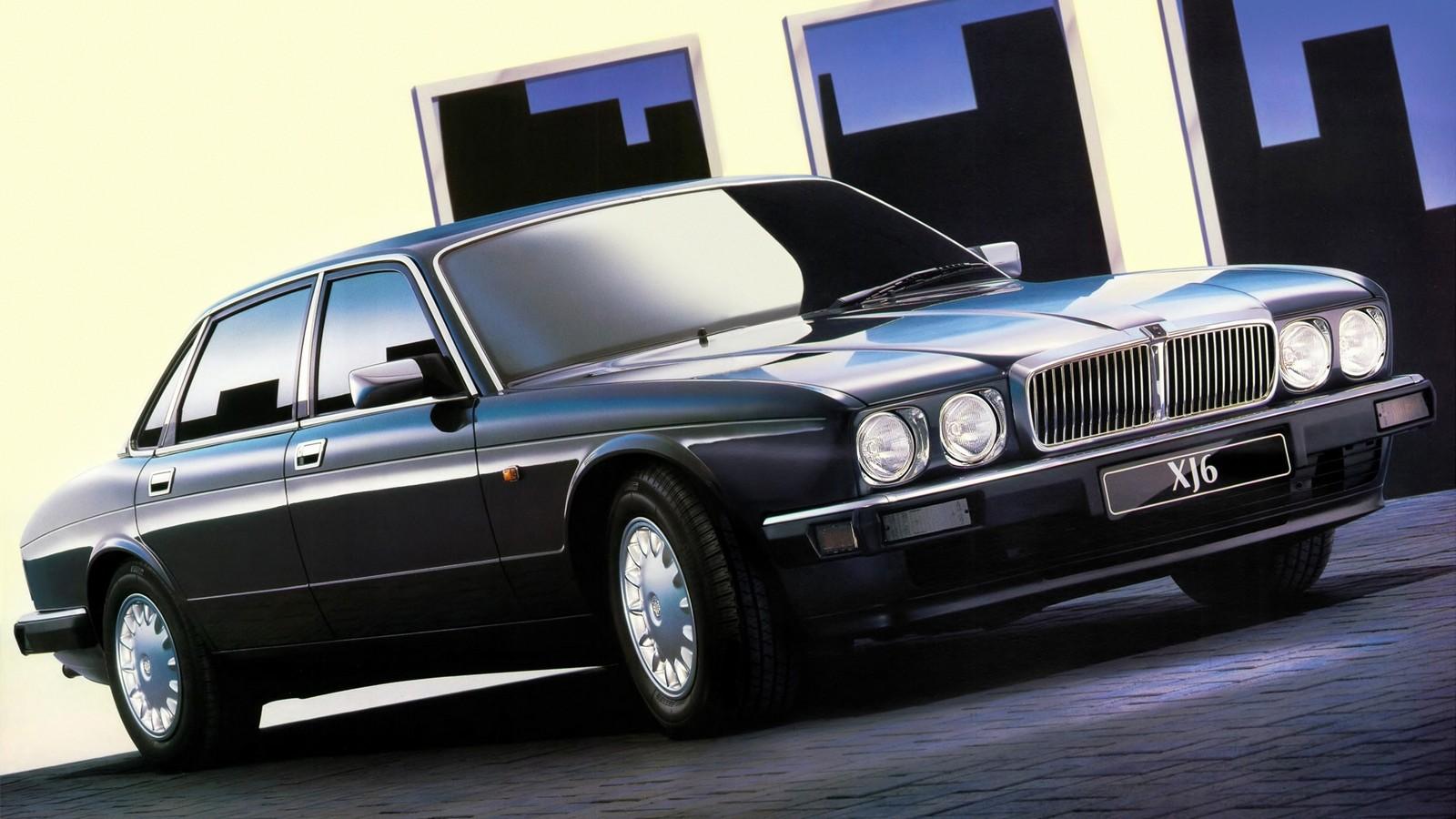 На фото: Jaguar XJ6 (XJ40) '1986