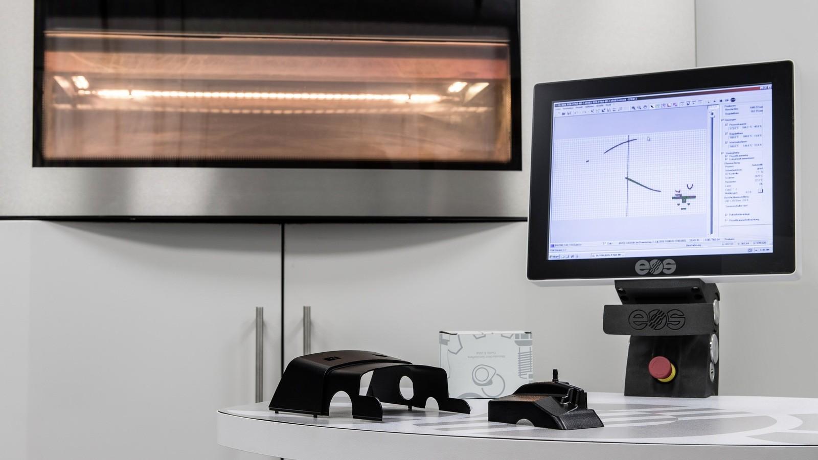 Mercedes-Benz Lkw setzt wegweisende Zukunftstechnologie ein