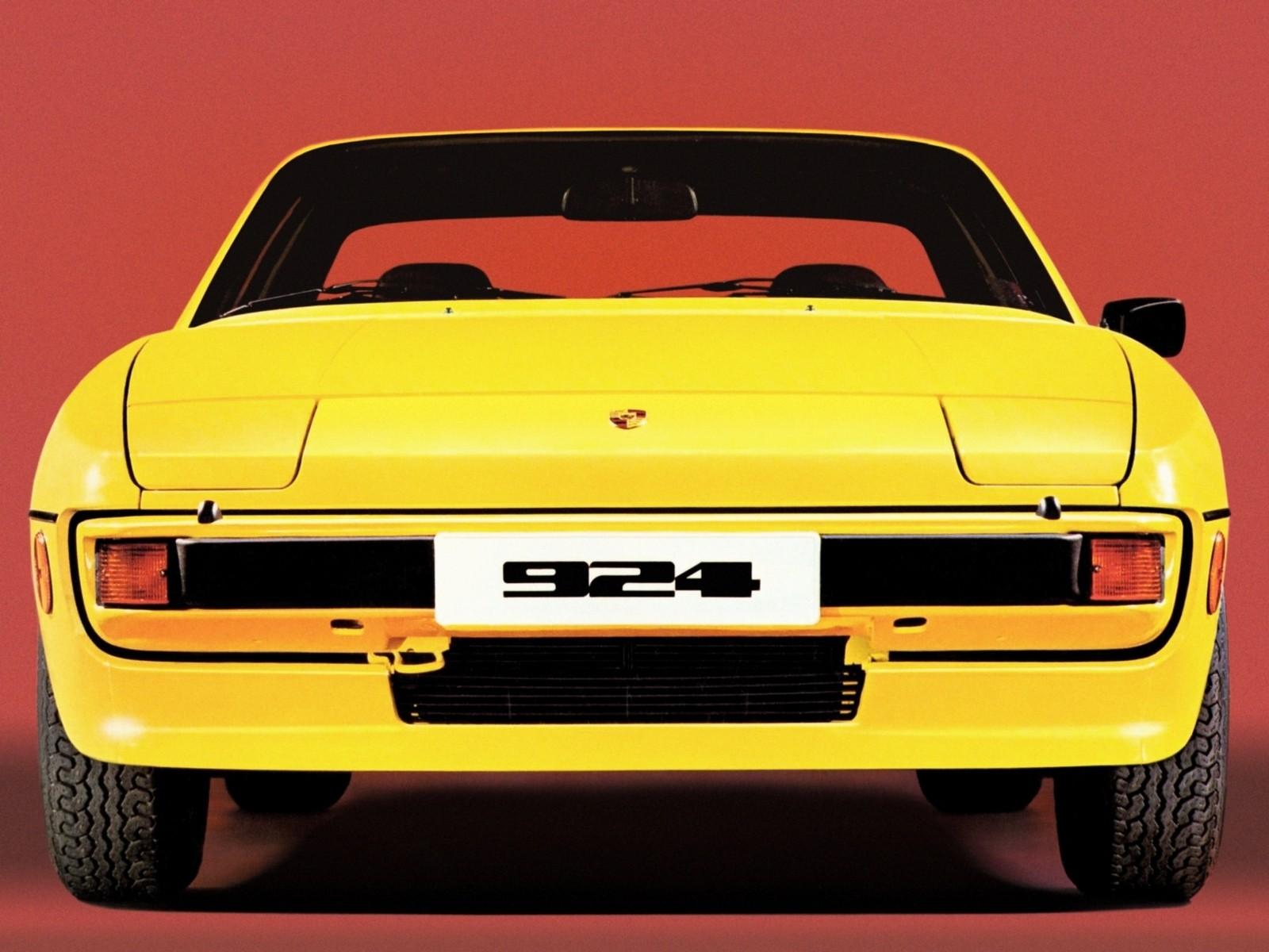 porsche 924 жёлтый