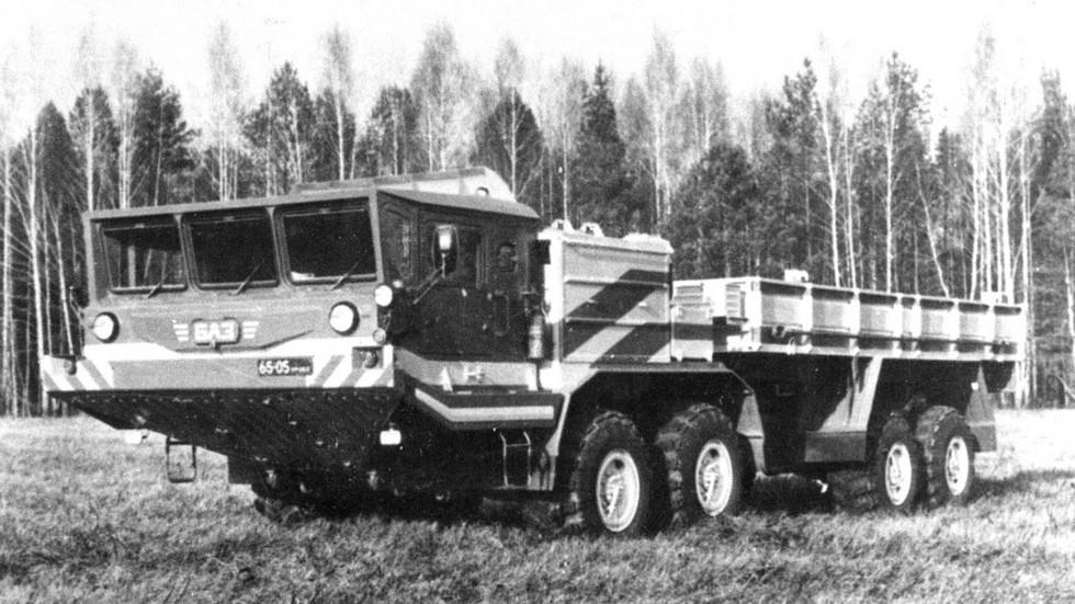 Испытания БАЗ-60501П с двумя 210-сильными двигателями (из архива Н. Щербакова)
