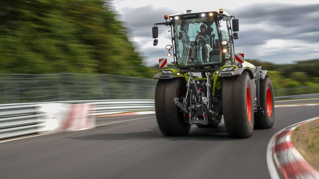 По вашим заявкам: 17-тонный трактор на Нюрбургринге, видео быстрого круга