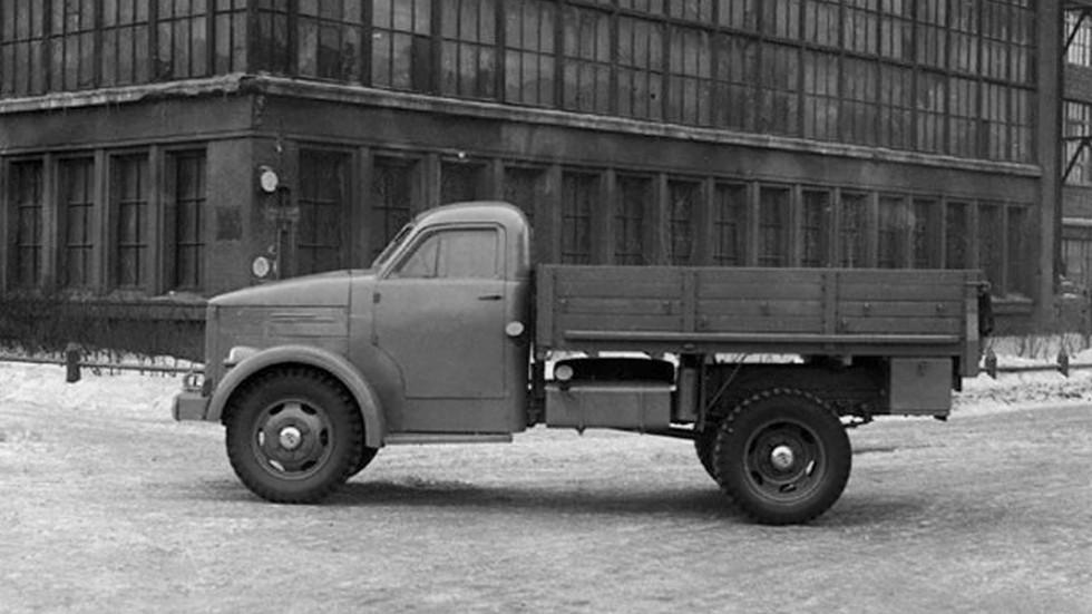 На фото: ГАЗ 51 Опытный (Образец №4) '1944