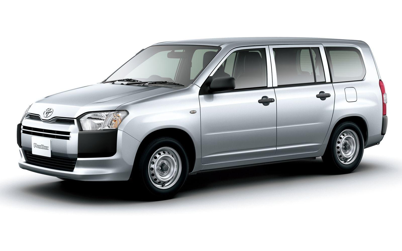 Неказистые универсалы Toyota Probox/Succeed (на фото) и Nissan AD тоже, оказывается, имеют на российском рынке свою маленькую нишу.