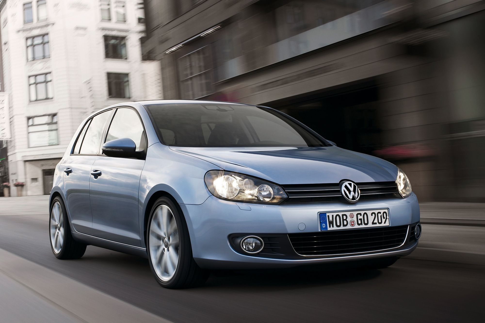 Найти и уничтожить: Volkswagen выкупит старые машины у их владельцев и утилизирует