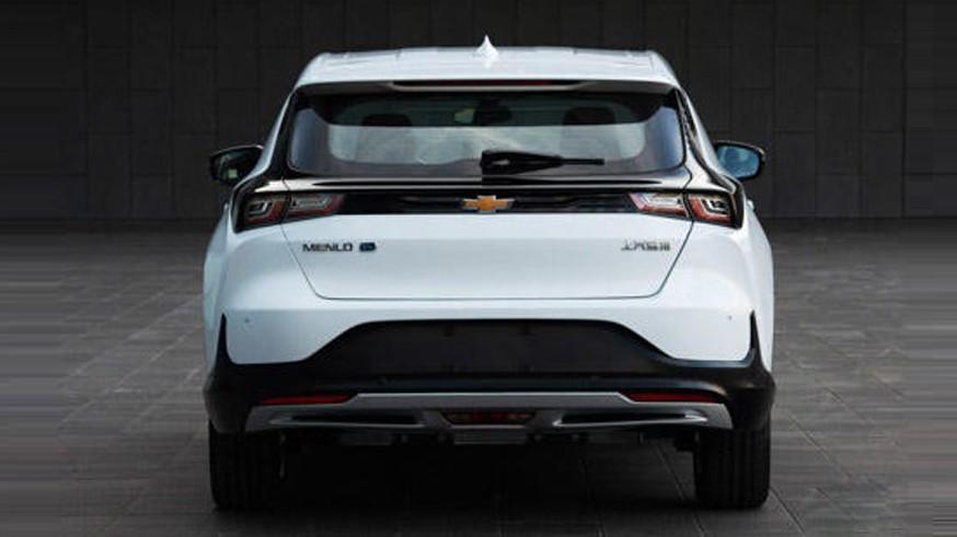 Появились фотографии нового электрического кроссовера Chevrolet