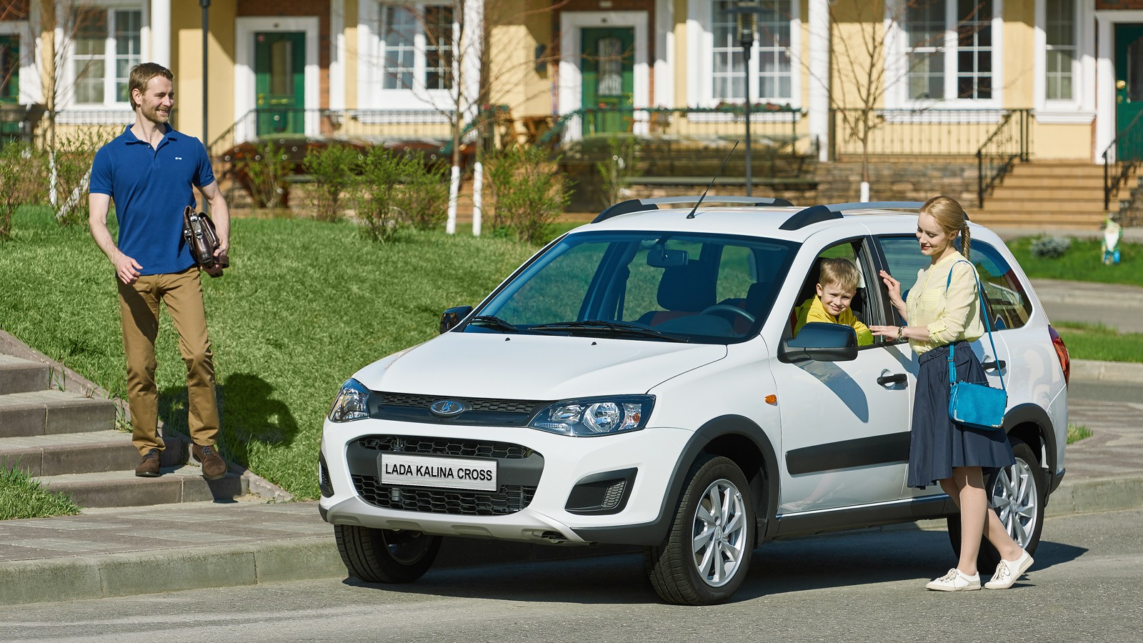 family_lada_kalina_cross_07