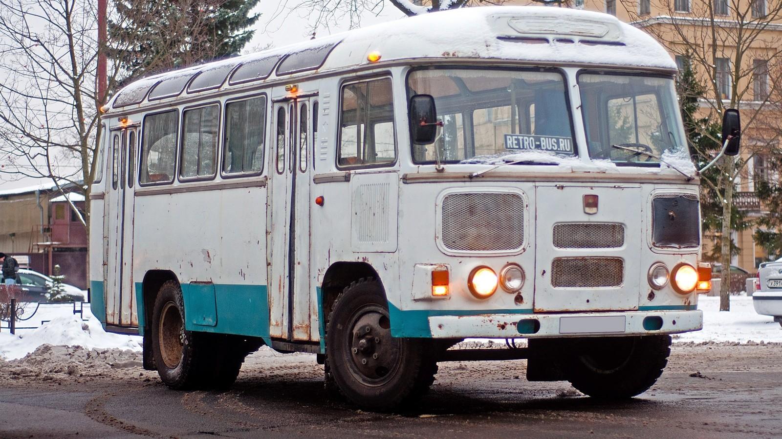 ПАЗ 672М три четверти (2)