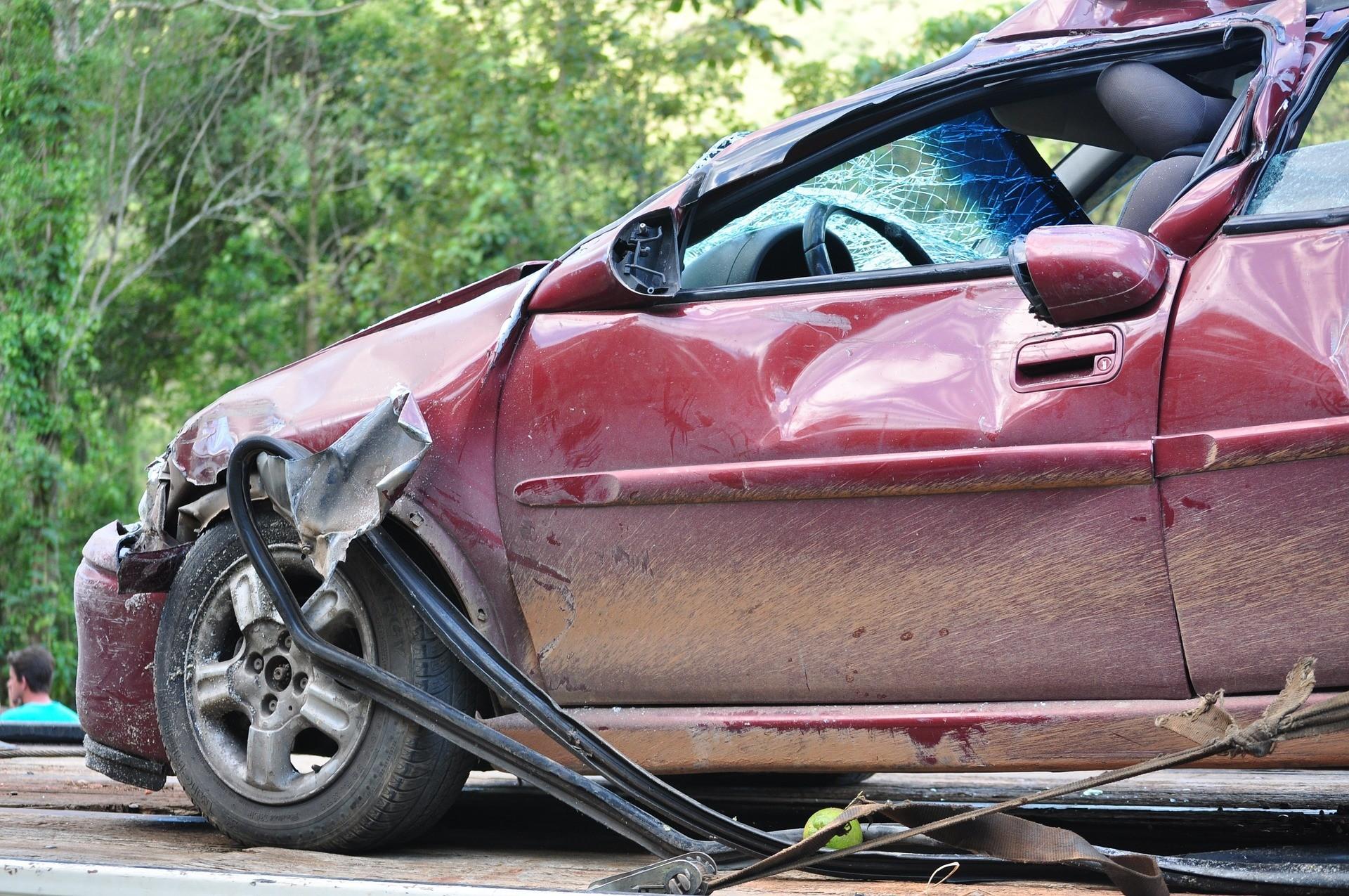 crash-1308575_1920