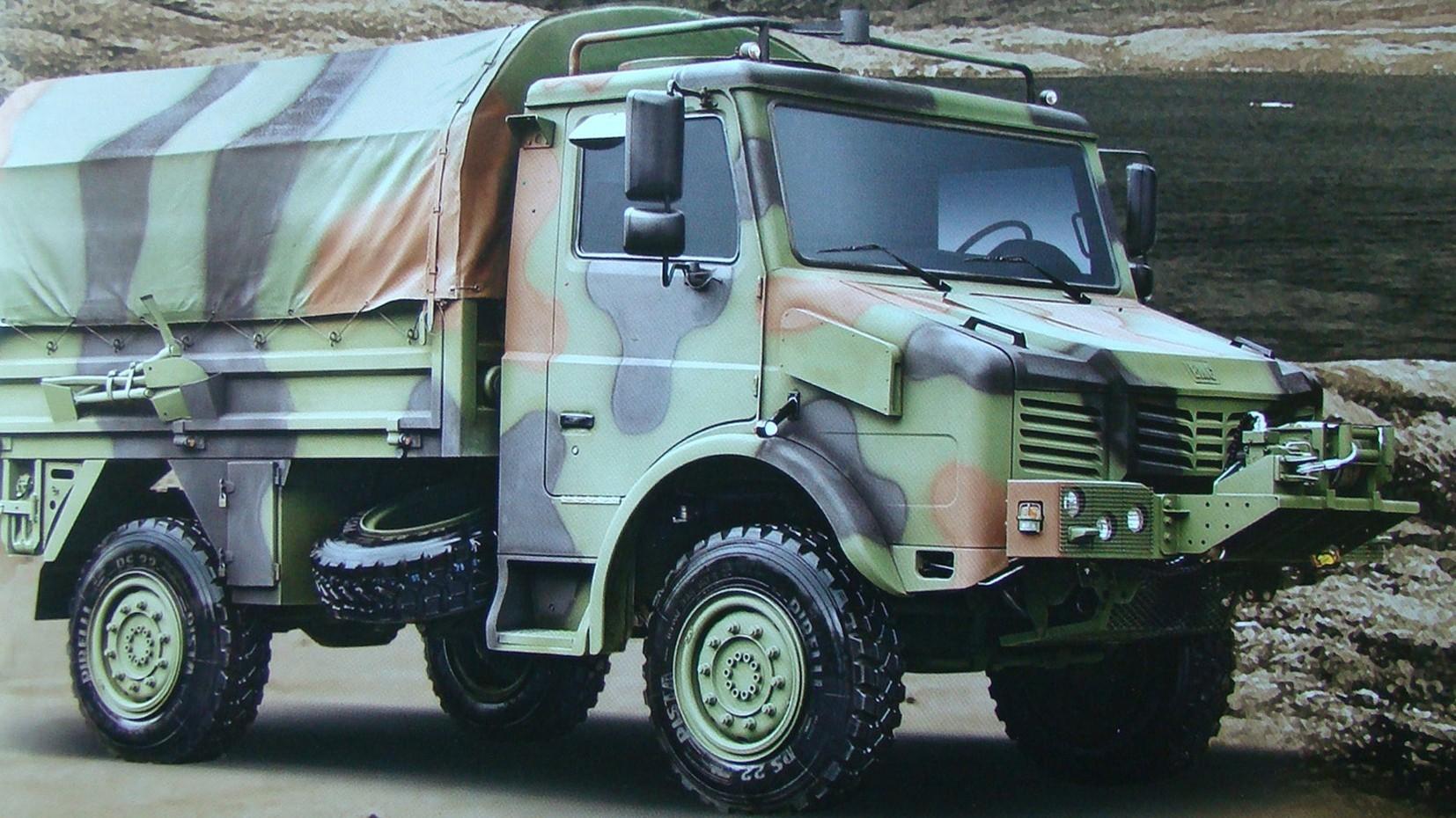 Вариант военного грузовика BMC 185-09B с электрической лебедкой