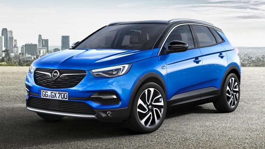 Opel обновит кроссовер Grandland: первое изображение