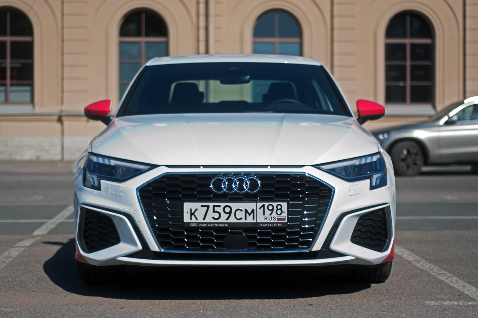 Баланс, доброта и гидромеханический Aisin: тест-драйв Audi A3 Sedan 2021