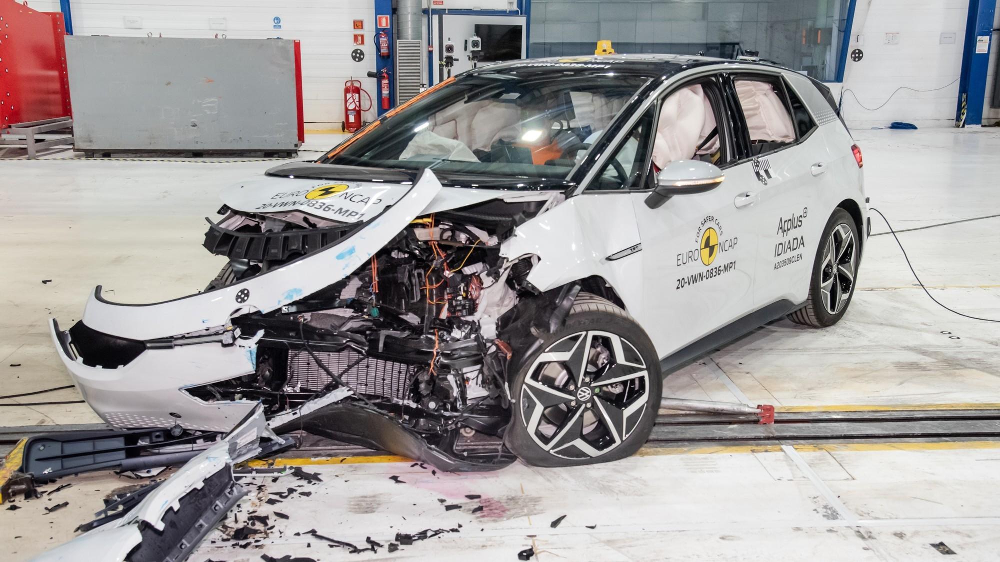 Volkswagen ID.3 в краш-тестах Euro NCAP: выгодная масса и опасный отскок