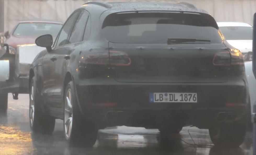 Porsche Macan 2018 1