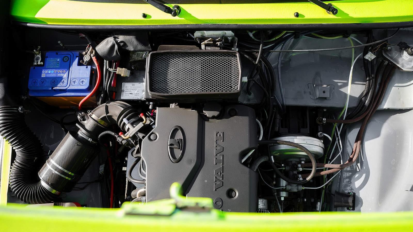 LADA 4x4 с мотором LADA Priora 8