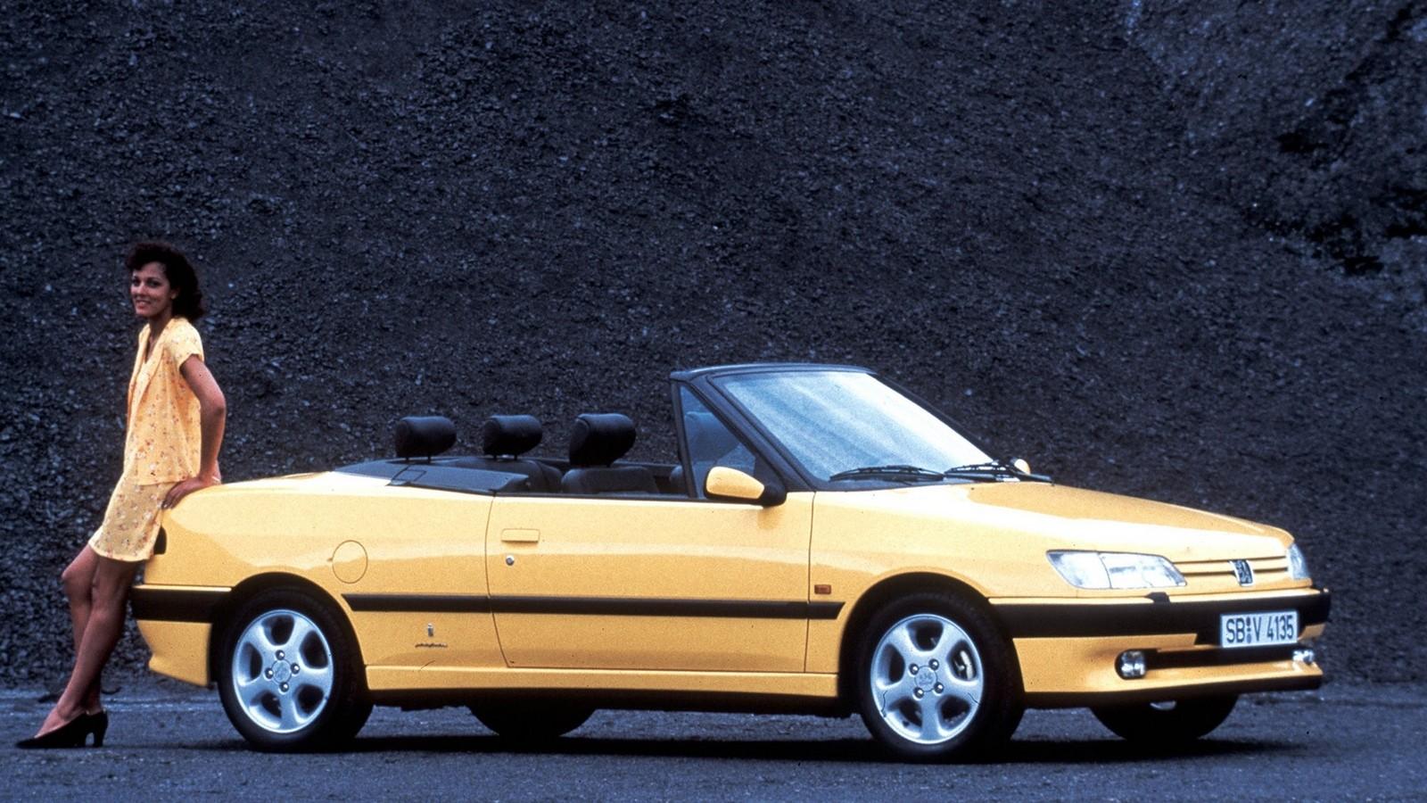 На фото: Peugeot 306 Cabriolet '1994–97 дизайн Pininfarina