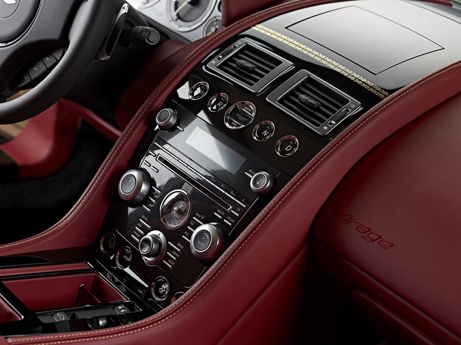 Aston Martin Virage Dragon 88 '2012 торпедо