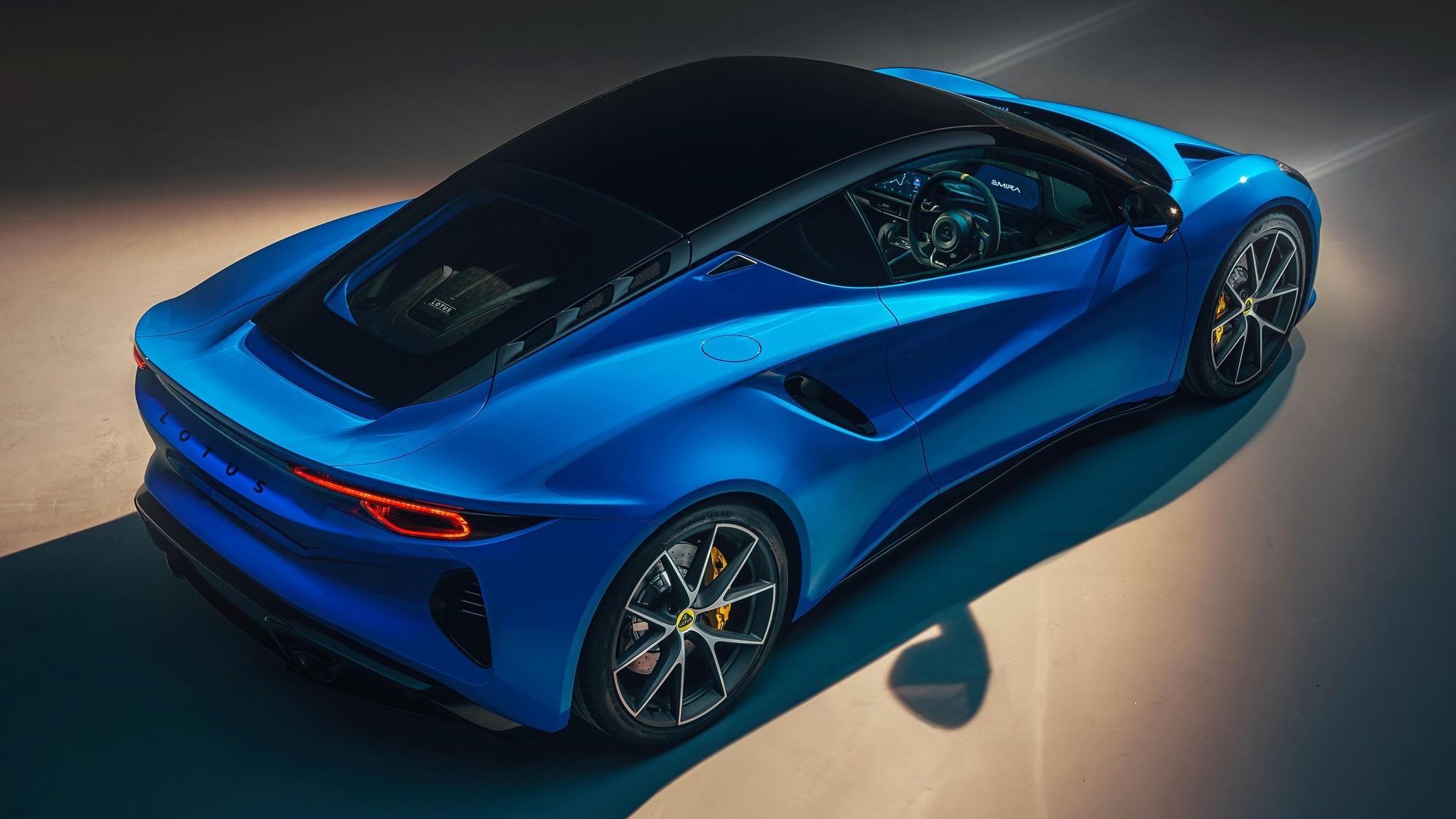 Emira: последний бензиновый Lotus с мотором Mercedes-AMG или Toyota на выбор