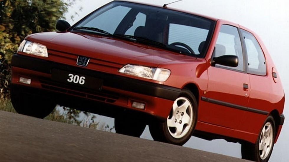 На фото: Peugeot 306 3-door '1993–97