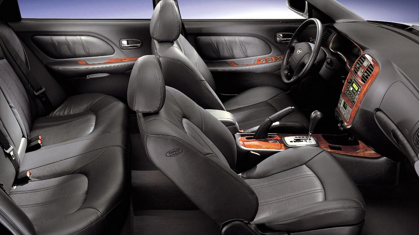 Интерьер Hyundai Sonata (EF) '01.2001–08.2004