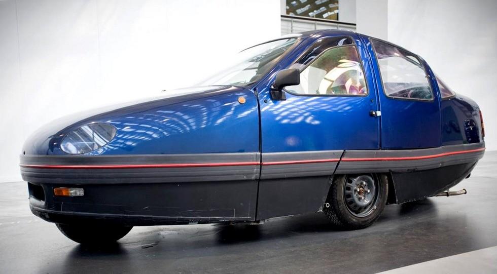 Итальянский скоростной двухдверный ромбоид конструкции Морелли. 1992 год
