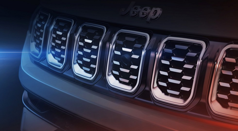 Обновлённый Jeep Compass раскрылся досрочно: скромные перемены снаружи и перекроенный салон