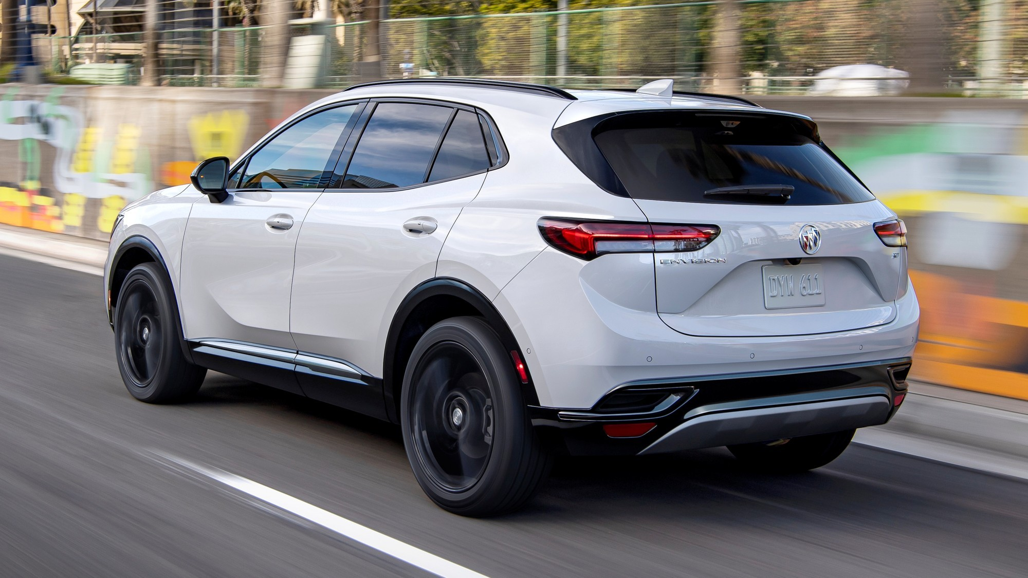 Китайский хит: новый Buick Envision дебютировал на исторической родине