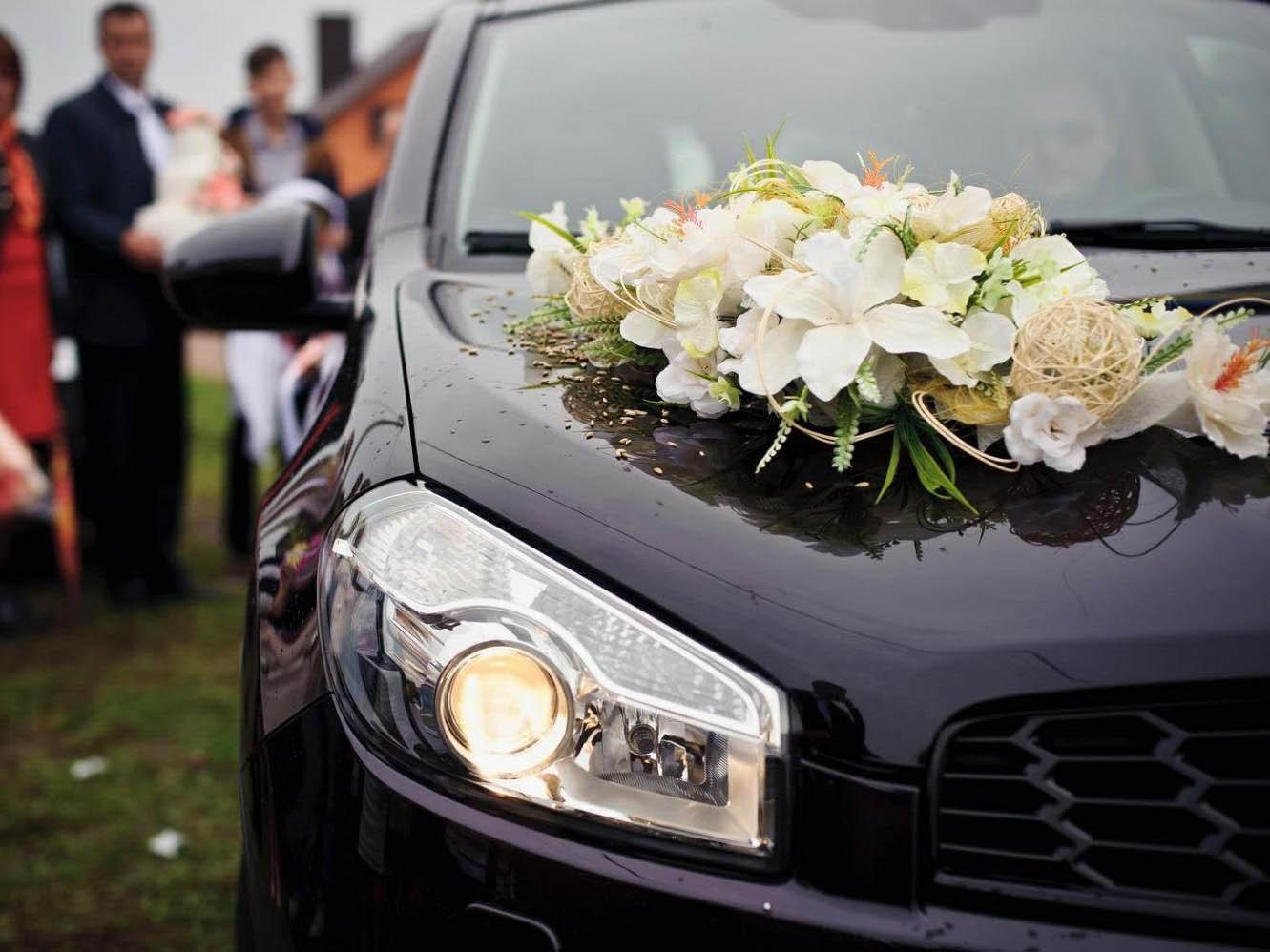 Mercedes, Bentley или вообще Land Cruiser? Выбираем автомобиль на свадьбу вместе с Elite Car