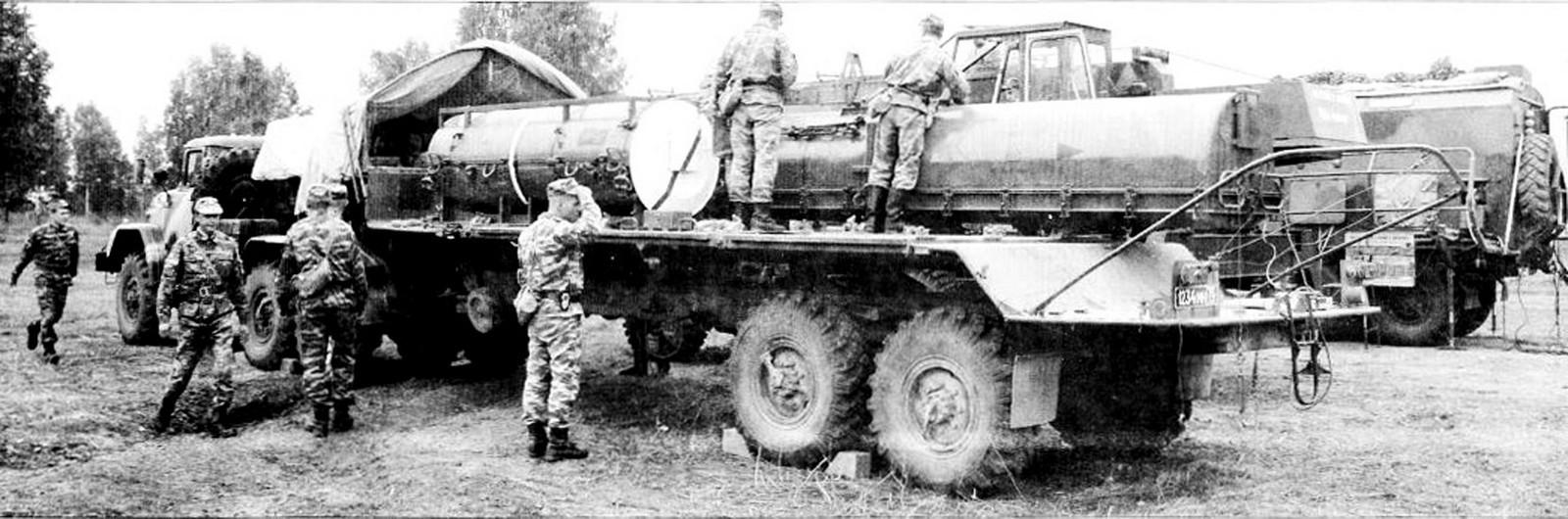 Активный пятиосный автопоезд для транспортировки ракетных систем и боеголовок