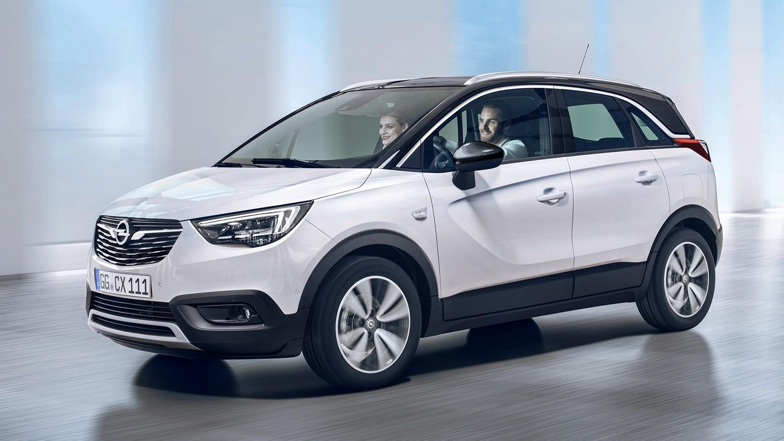 На фото: Opel Crossland X Turbo