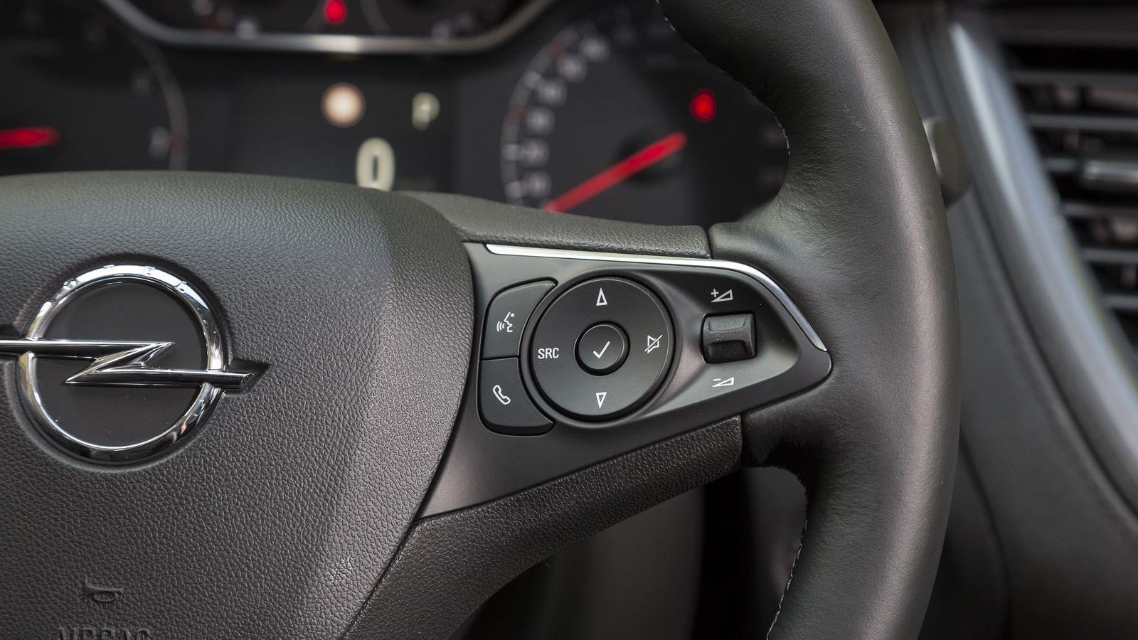 Какой же это крест? Это буква «хе»… Тест-драйв российской версии Opel Grandland X