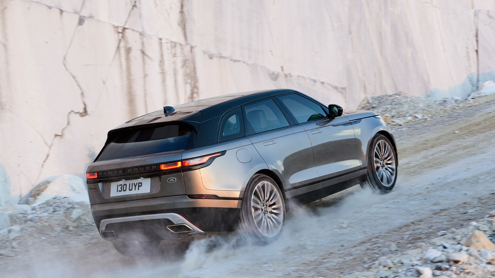 Range Rover Velar First Edition