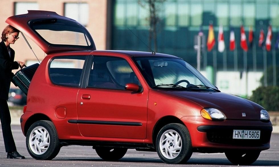 На фото: Fiat Seicento. Италия, 1997