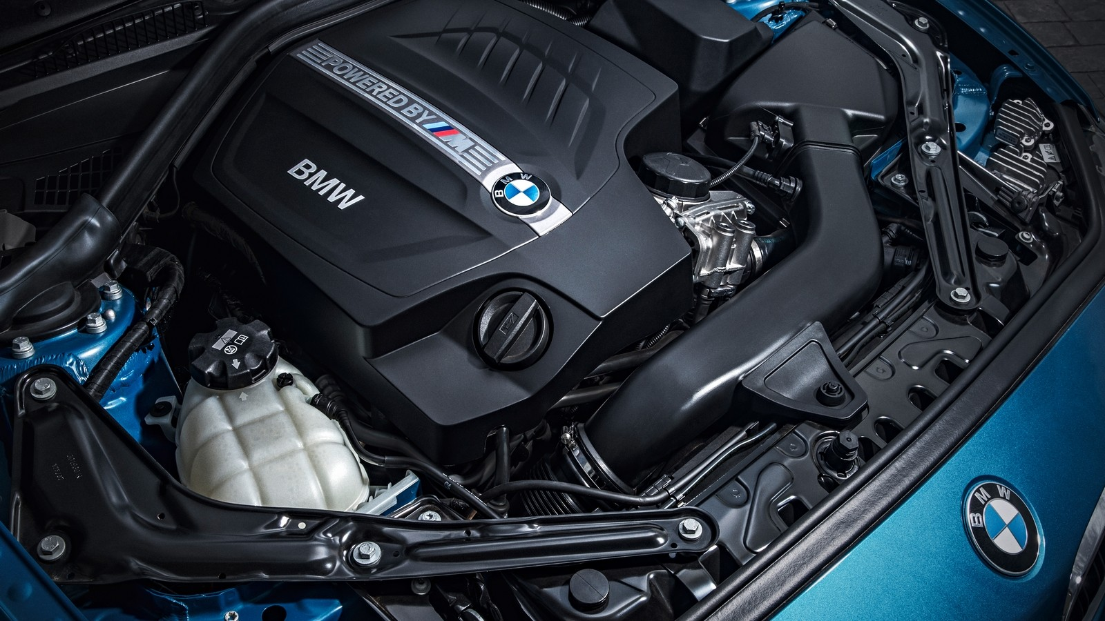 P90199700_highRes_the-new-bmw-m-twinpo