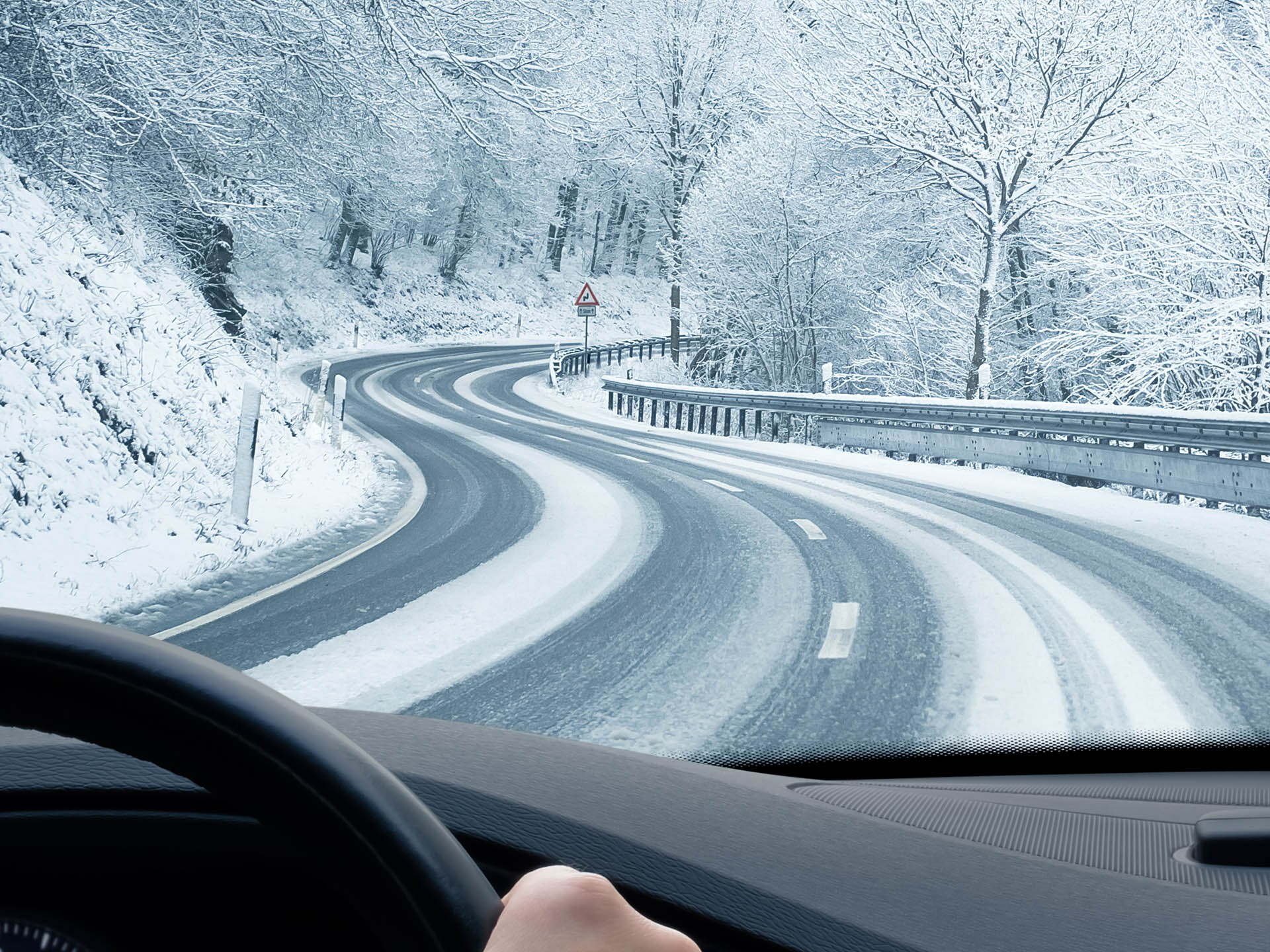Авито Авто: остаться дома или поехать в автопутешествие? Как россияне проведут зимние праздники