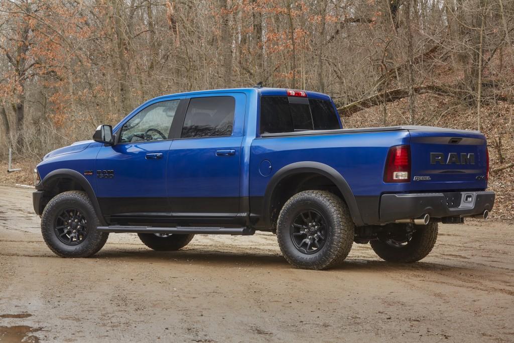 2018-Dodge-Challenger-SRT-Demon-tire-details-02