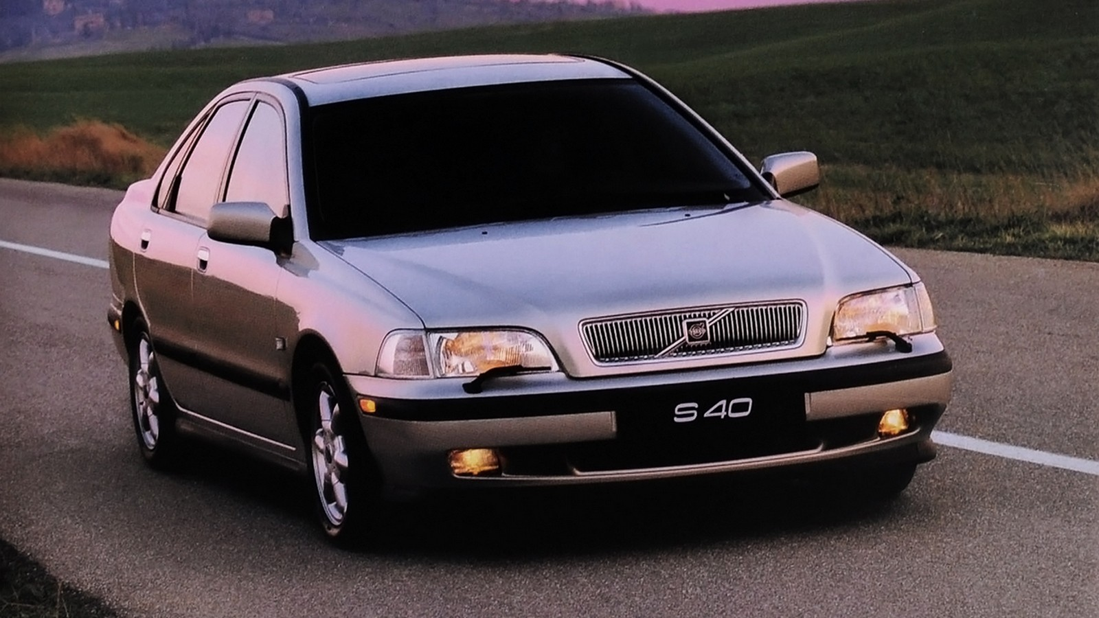 На фото: Volvo S40 '1996–2000