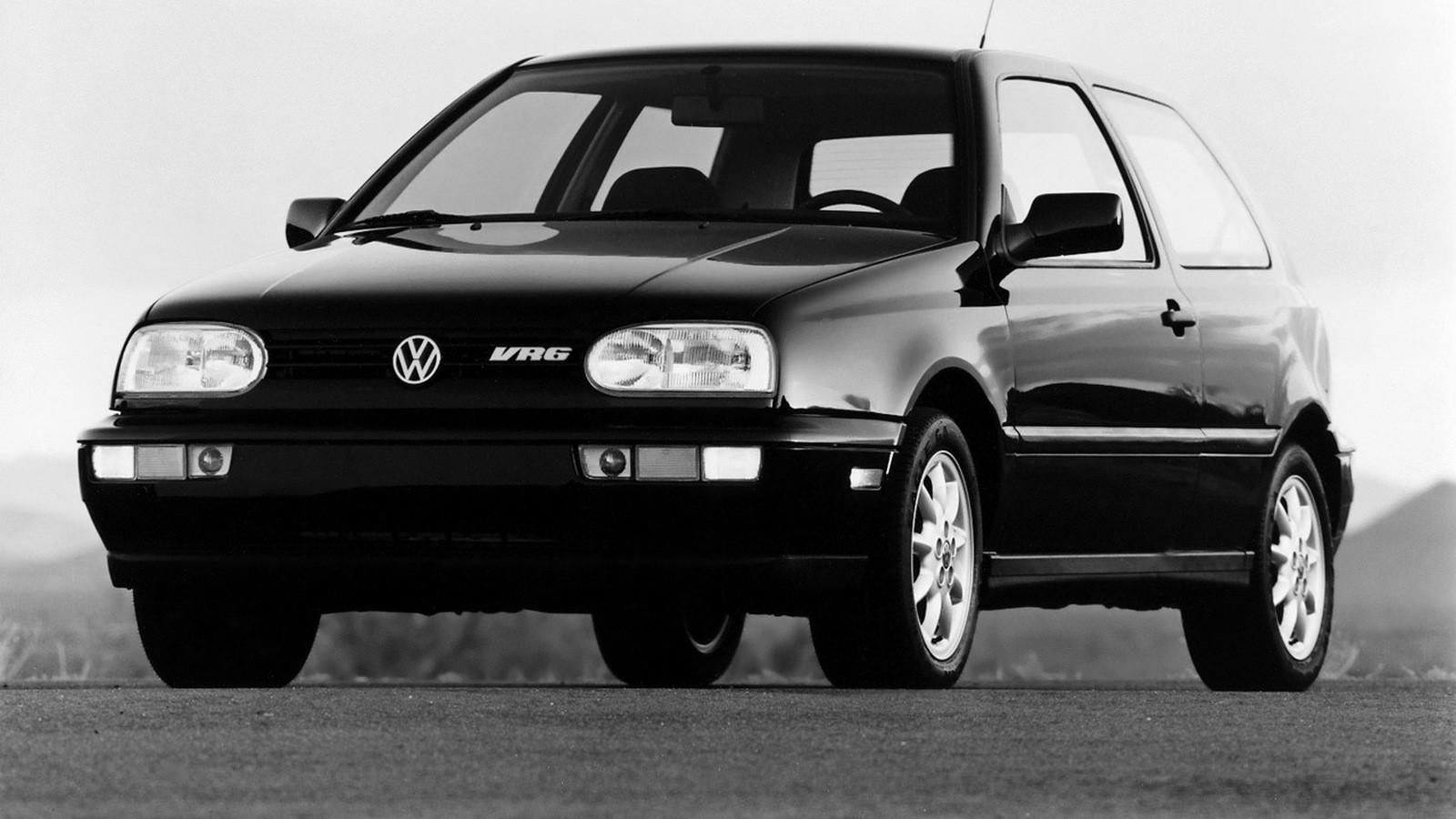 На фото: Volkswagen Golf VR6 '1991–1997