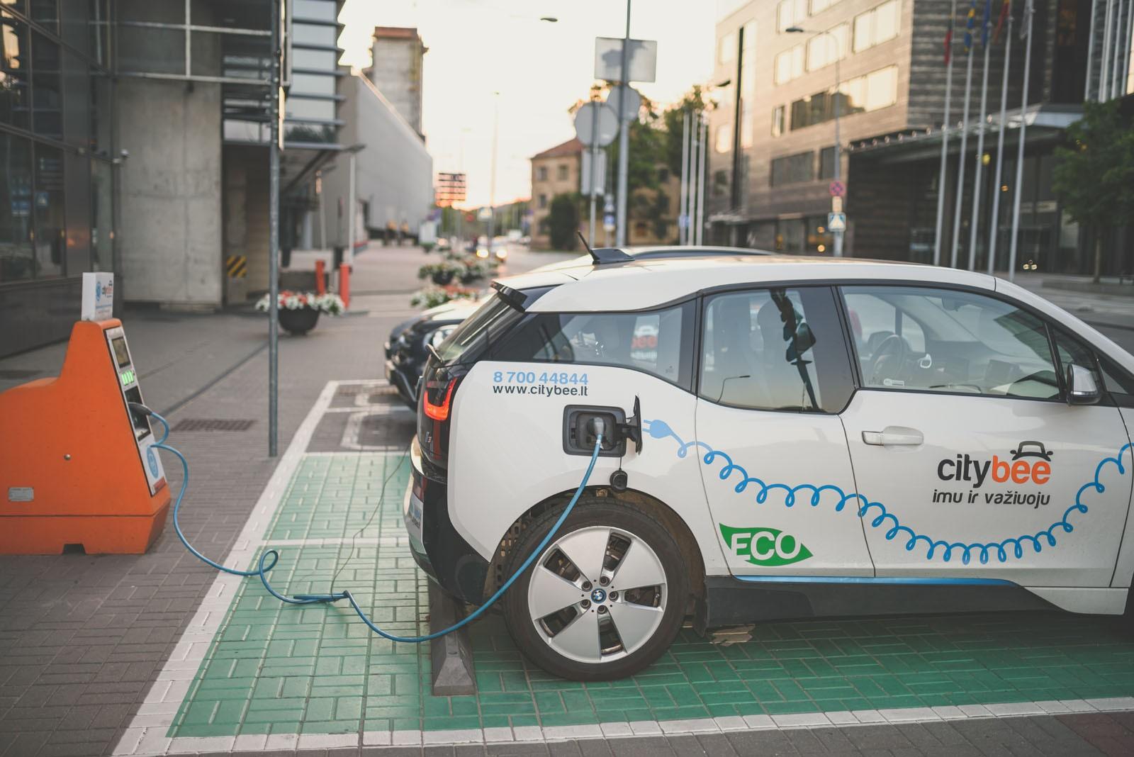 Просадка напряжения: почему государственная стратегия развития электромобилей имеет мало шансов на успех
