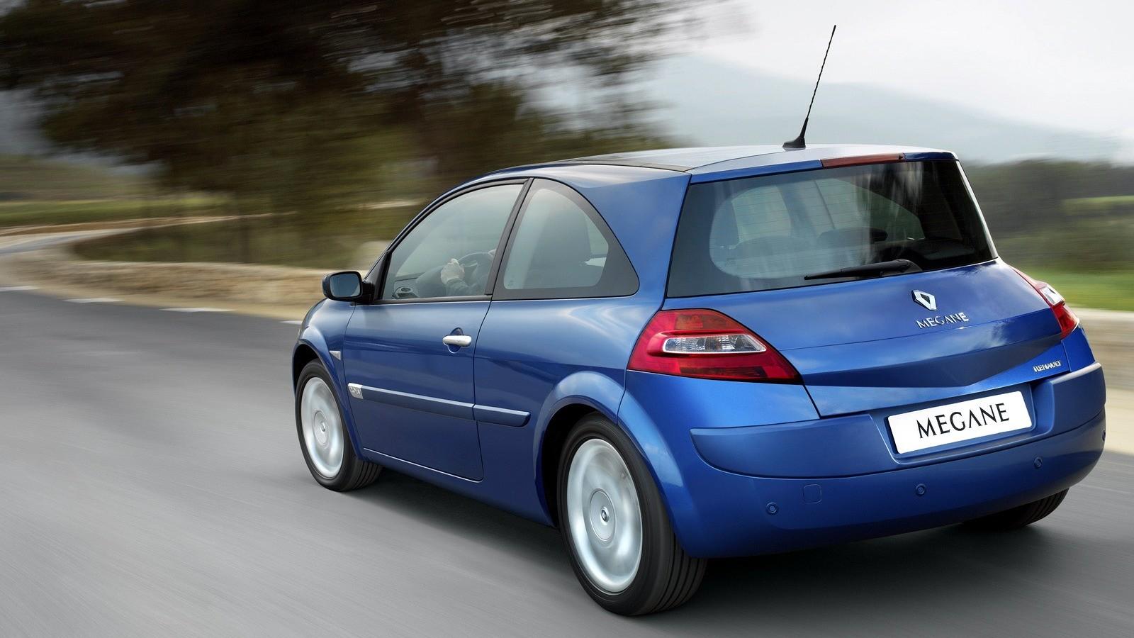 На фото: Renault Megane 3-door '2006–09