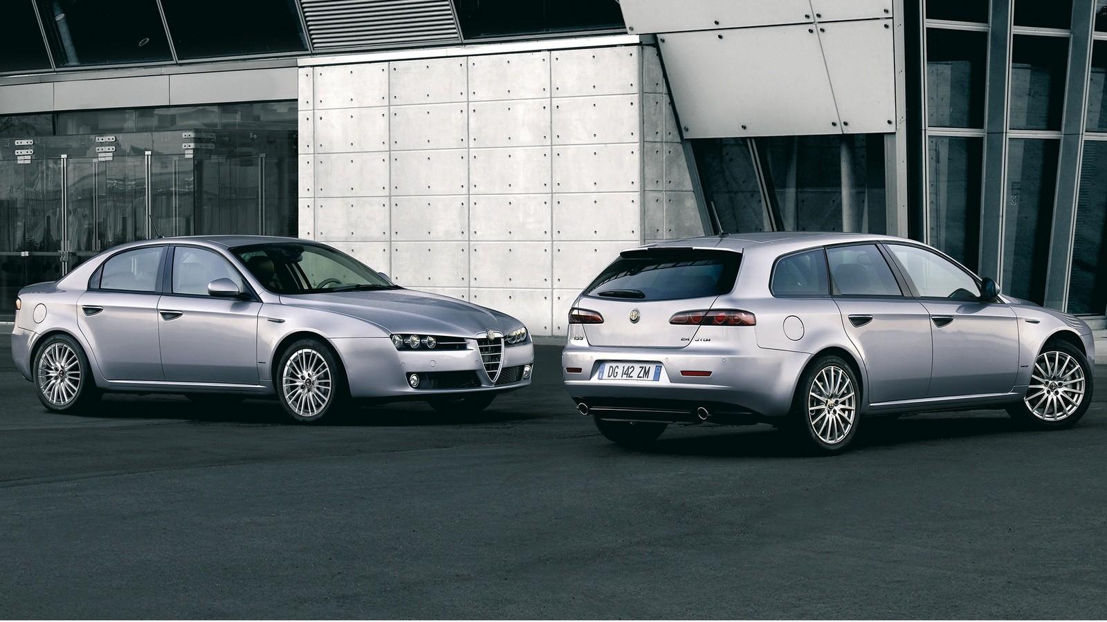 На фото: Alfa Romeo 159 & 159 Sportwagon '2008-11