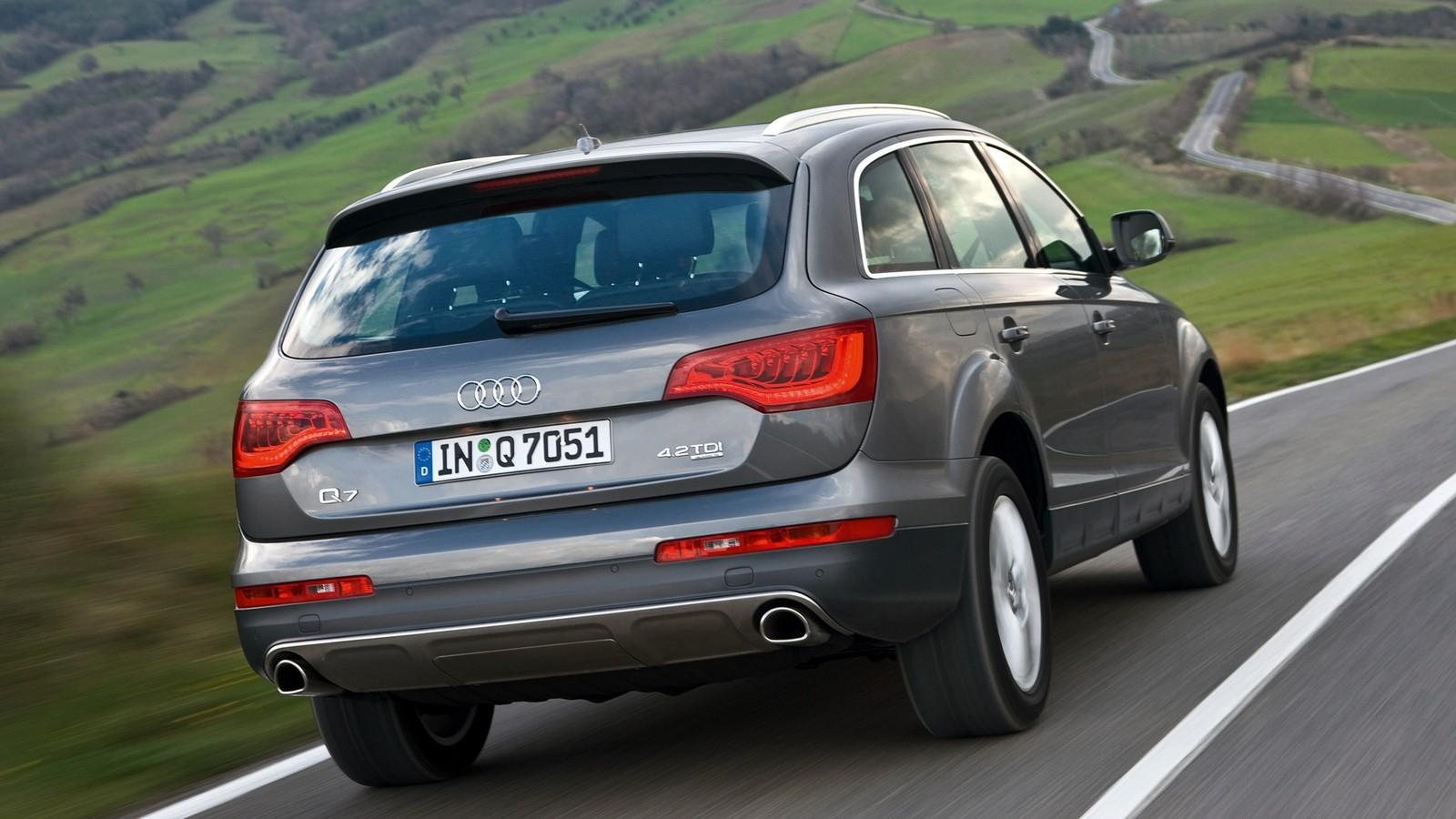 На фото: Audi Q7 4.2 TDI quattro (4L) '2009–15