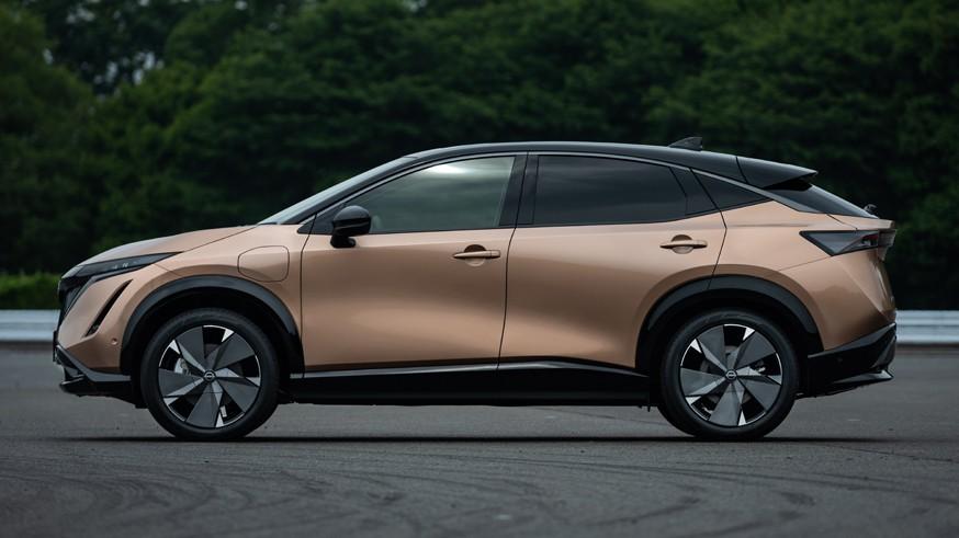 Новый кроссовер Nissan: передний или полный привод, мощность – до 394 л.с., запас хода – до 500 км