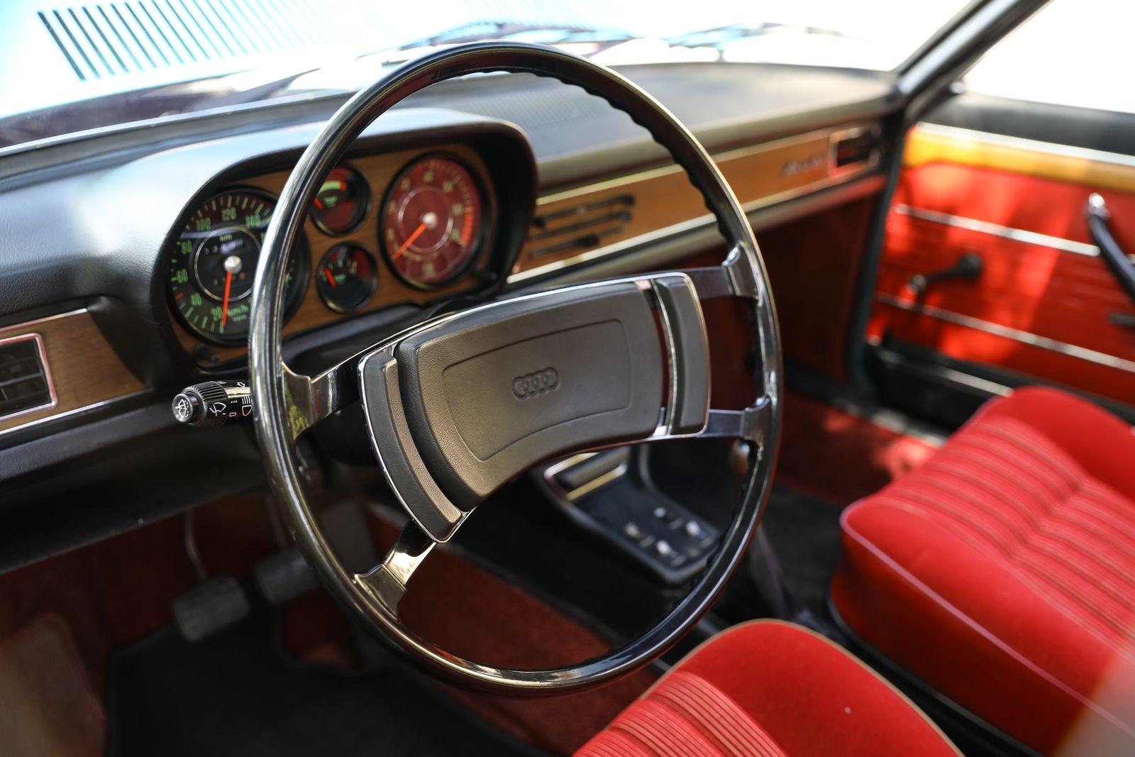 Эссенский трофей: тест-драйв Audi-100 Coupe S 1974 года