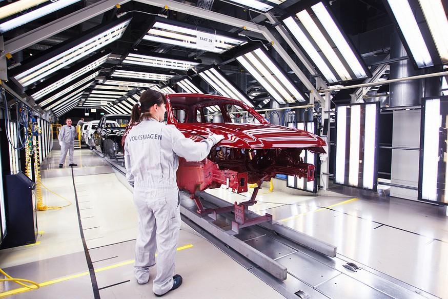 Volkswagen, Skoda и PSA приостановят производство в России из-за коронавируса