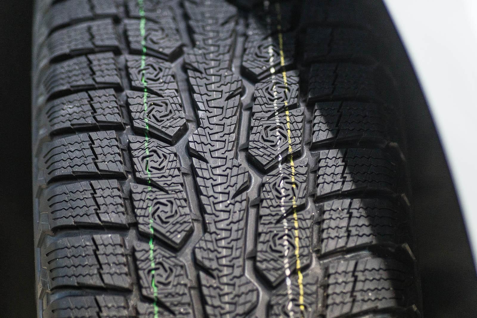 Крепкий орешек: фрикционная зимняя шина Toyo Observe GSI-6