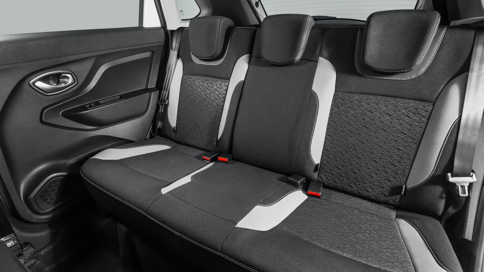 Lada XRAY (GAB) '12.2015–н.в. задние сидения